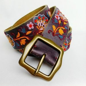 Lucky Brand Floral Embroidered Leather Belt M